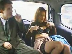 penisy, punčochy, felace, sukně, v autě, prsty, blondýnky, zarostlý, roztomilý