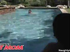 Ава Дивайн, басейн, палави, цици, възрастни, дупета