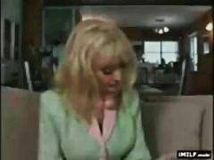 Nina Hartley, kypsä, vaimo, isoäiti, isot rinnat, äitee, milf, pornotähti, pettäminen, blondi