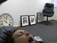 диван, офис, аматьори, на лицето, червенокоси, яко ебане