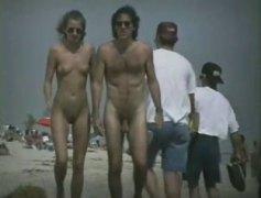 плаж, воайор, голи жени