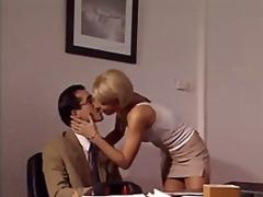 свирки, секретарки, блондинки, кур, италианки, яко ебане