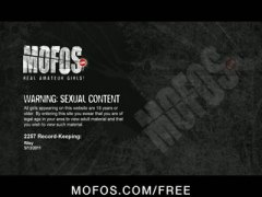 домашно видео, татуировка, цици, мастурбация, пръсти