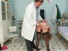 гинеколог, милф, аматьори, извратени, найлон, възрастни