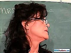 zrele žene, velika lijepa žena, nastavnik, studenti, debeli, bucko