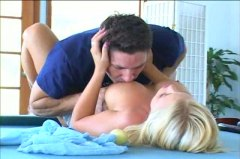 Brittney Skye, hardcore, große brüste, blowjob, oral, pornostar, pool, doggy-style, blond, babe