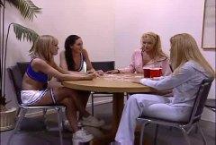 групов секс, оргия, блондинки, близане, орално, голи