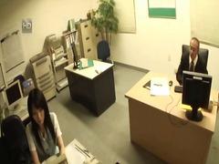 празнене вътре, японки, секретарки, униформа, дупета