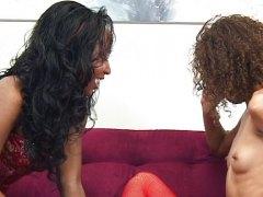 Стейси Кеш, Мия Мейсън, африканки, лесбийки, възбудени