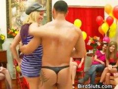 kelab, lelaki, hisap konek, terangsang, perempuan berpakaian lelaki bogel, berkumpulan, parti, amatur