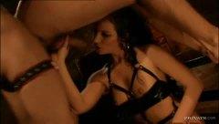 бисексуални, латекс, голям кур, красиви, чекия, свирки