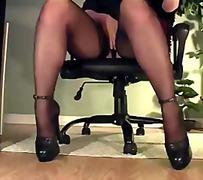 офис, чорапи, мастурбация, гащички, секретарки, сливи