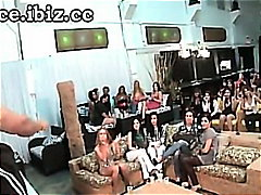 hardcore, amatérská videa, párty, orgie, reality show, grupáč, felace