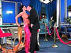 Лани Барби, реалити, танц, брюнетки, цици, сливи, пръсти
