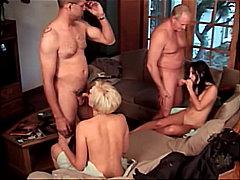 групов секс, блондинки, страп-он, свирки