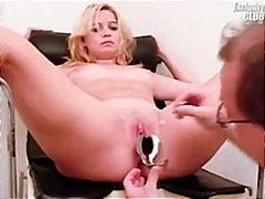 голяма дупка, блондинки, реалити, гинеколог