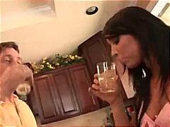 Коуди Лейн, пияни, реалити, задна прашка, близане, свирки