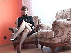 къса пола, чорапи, мастурбация