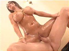 Джена Пресли, свирки, лице, проникване, татуировка, мокри