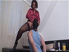 близане, женска доминация