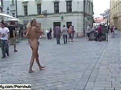 публично, голи, флашинг, голи жени, сред природата
