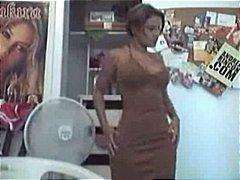 store patter, webcam
