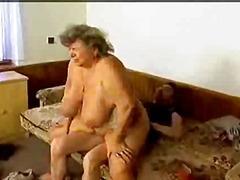 бабички, едри жени, възрастни, големи цици