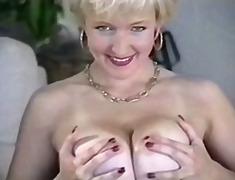 големи цици, цици, леко порно