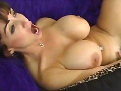 Summer Cummings, isot rinnat, lesbo, strap-on dildo