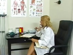 üniforma, sarışın, orta yaşlı seksi kadın, cilveli