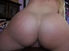 langt ned i halsen, kvinder taget bagfra, hardcore, blondiner, amatører, blowjobs, voyeur, hård sex
