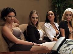 staruri porno, lesbiene, sani uriasi, realitate, in grup, la birou, tanar si matura