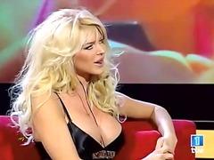 sólo, celebrity, blondýnky, nahota na veřejnosti, velký prsa, lesbičky