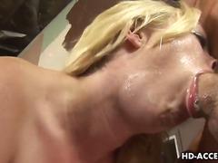 pornósztárok, szőkék, magömlés, szopás