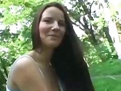 hardcore, amatérská videa, nahota na veřejnosti, různé pohledy, venku, exhibicionisti, brunetky