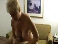 голям бюст, масаж, оргазъм, блондинки, чекия, суингъри