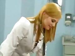 koleje, orál, blondýnky, sperma v obličeji, na pejska, hardcore, brunetky, felace, u doktora