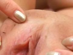 tussu, teini, masturbaatio, reiän levitys, vagina, isot rinnat, klitoris, kamelinvarvas
