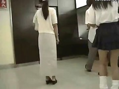 публично, воайор, дупета, къса пола, японки