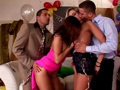 парти, четворка, реалити, групов секс