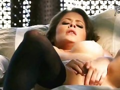 голям бюст, мастурбация, пръсти, знаменитости, соло