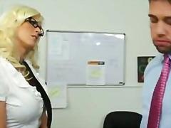 шеф, близане, секретарки, американки, кур, сливи, дупета
