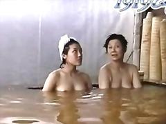 шпионски, японки, баня, воайор