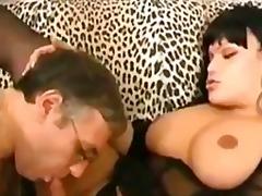 barebacking, großer arsch, dreckig, hardcore, orgasmus, shemale, titten, von hinten, kondom, guy