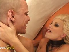 Puma Swede, stimulace žen, hardcore, domácí sex, vyholený, kočky, prsty, zásuny, úzké dírky