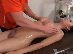 na koníčka, špinavý sex, hardcore, penetrace, poloha lžičky, zezadu, ptáci v díře, orgasmus, 69