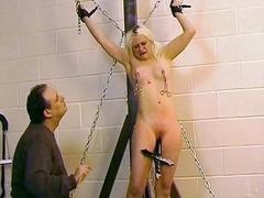 жена гол мъж, фантазии, фетиш с крака, извратени, олио