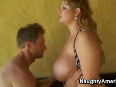 store røve, uartige piger, bryster, store bryster, små bryster, stor pik, brystjob, naturlige bryster