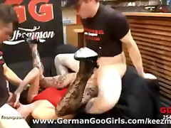 европейки, групов секс, изпразване на лицето, германки