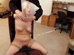sitomisleikit, orgasmi, sidottu, lelu, blondi, seksilelu, vibraattori, bdsm, posliini, strap-on dildo
